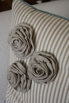 Ticking and Linen - pretty!
