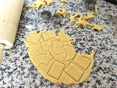 recetas delikatissen galletas sencillas galletas rápidas galletas para cortadores galletas de mantequilla galletas danesas receta galletas caseras fáciles galletas 3 ingredientes galletas 1 2 3 My Dessert, Dessert Recipes, Desserts, Cake Cookies, Sugar Cookies, Mexican Cookies, Sweet Bakery, Cookie Time, Homemade Cookies