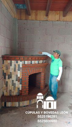 Contamos con gran variedad de diseños de chimeneas, solicita cotización 552 519 6281 Brick Design, Wall Design, Brick Oven Outdoor, Brick Wall Decor, Glass Blocks Wall, Brick Laying, Build A Fireplace, Model House Plan, Brick Art