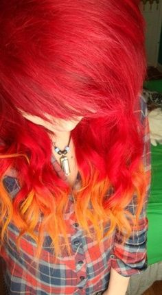 So pretty! Sometimes I am 100% sure I want my hair this way....then I see those other colors -.-