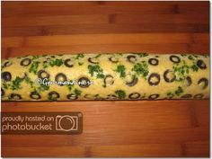 Lazarescu Adrian uploaded this image to See the album on Photobucket. Weight Watchers Appetizers, Tapas, Oriental, Food Decoration, Appetisers, Party Snacks, Creative Food, Baby Food Recipes, Food Art