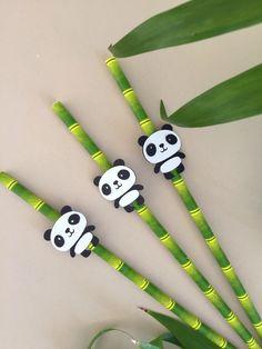 Encantador Panda Party Supplies Fiesta de cumpleaños de Panda City Party - Bamboo St Up The Party Di . Panda Party Supplies Panda Birthday Part. Panda Themed Party, Panda Party, Panda Birthday Cake, Baby 1st Birthday, Birthday Ideas, Panda Love, Cute Panda, Fete Marie, Po Kung Fu Panda
