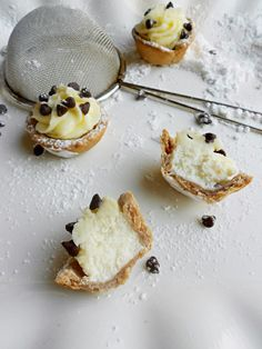 "Cannoli Bites- another ""why didn't I think of this?"" moment brought to you by Pinterest :)"