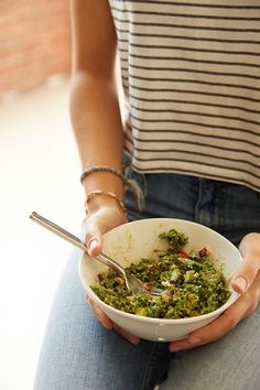 Easy kale salad  INGREDIENTS -1 head of lacinato kale -1 avocado -1/4 finely chopped red onion -2 Tbsp dijon mustard -2 Tbsp coconut aminos (or soy sauce) -1 tsp garlic powder Massage with hands.
