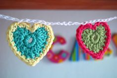 Crochet heart bunting.... love it!