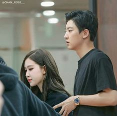 ChanRose 💑 Exo Couple, Korean Couple, Kpop Couples, Cute Couples, Look At This Dude, Photo Rose, Black Pink Kpop, Park Chanyeol Exo, Love Scenes