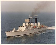HMS Newcastle (D87) Falklands War, Navy Ships, Royal Navy, War Machine, Newcastle, Empire, Past, British, Concept