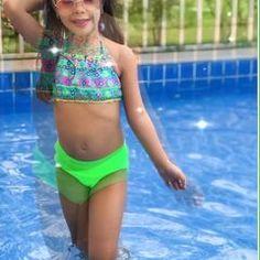 Little Girl Swimsuits, Lima, Bikinis, Swimwear, Little Girls, Photo And Video, Button, Videos, Sexy