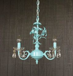 Tole Chandelier Lighting Aqua Blue Green Shabby Chic by lightlady Shabby Chic Wallpaper, Shabby Chic Lamps, Chic Lamp, Shabby Chic Frames, Chic Living Room Design, Chic Decor, Chic Bedroom, Chandelier, Shabby Chic Farmhouse