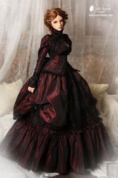 Lovely doll and gown but a little intimidating .. Iple house