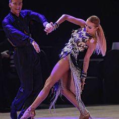 🎁 FREE SHIPPING 🚚 🛒 Order on the website www.ddressing.com - - - #dancesport #latin #ballroom #dancepassion