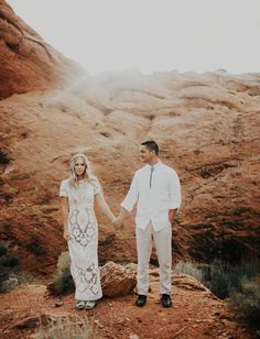 Boho anniversary session in the desert Engagement Photo Outfits, Engagement Couple, Engagement Pictures, Engagement Shoots, Elope Wedding, Boho Wedding, Wedding Day, Dream Wedding, Wedding Wishes