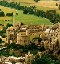 Windsor Castle, England*-*.