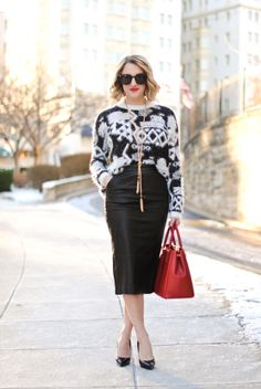 Fuzzy sweater, Pencil Skirt