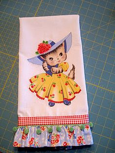 cute teatowel by PKM.I heart Pam and I heart her fabric:) I wonder if a vintage card fabric transfer would work on this? Linen Towels, Tea Towels, Dish Towels, Sewing Crafts, Sewing Projects, Sewing Ideas, Creative Textiles, Sewing Studio, Love Sewing