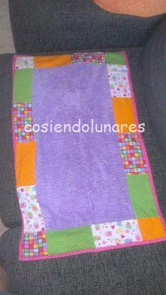 cosiendolunares - costura y patchwork: Cambiador de bebe para mi sobri!!