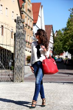 outfit-pepe-jeans-valentino-rockstuds-prada-bag