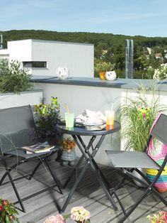 Darfs eine #Erfrischung sein? Mit diesem praktischen Mini-Tisch kommt auf jeden Fall frischer Wind auf die #Dachterrasse.