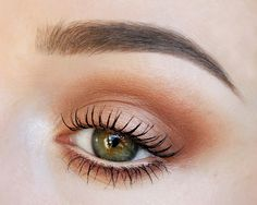Soft warm smokey brown. Makeup Geek eyeshadows Crème Brulee, Peach Smoothie, Cocoa Bear, In The Spotlight and Shimma Shimma. Maybelline Lash Sensational Intense Black Mascara Benefit Goof Proof Brow Pencil 03 + Gimme Brow Medium