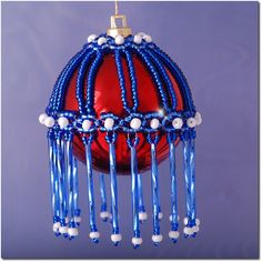 Christmas bauble - photo how to (use Translate) just scroll down the page to see the instructions- how to for bead angel also here