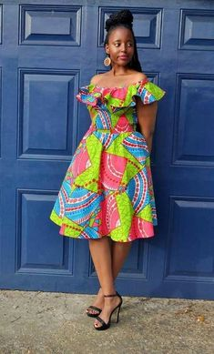 The complete pictures of latest ankara short gown styles of 2018 you've been searching for. These short ankara gown styles of 2018 are beautiful Latest Ankara Short Gown, Short African Dresses, Ankara Short Gown Styles, African Blouses, African Print Dresses, African Fashion Dresses, African Prints, Kente Styles, Ghanaian Fashion