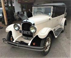 Vintage Cars, Antique Cars, Chrysler Cars, Old Cars, Mopar, Dodge, Fun Stuff, Competition, Classic Cars
