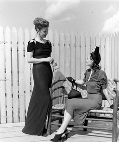 Fall Fashions : 1938 : LIFE photo archive : photo by Alfred Eisenstaedt
