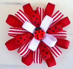 ladybug hair bow to match her ladybug outfit Ribbon Hair Bows, Diy Hair Bows, Bow Hair Clips, Ribbon Art, Ribbon Crafts, Ribbon Flower, Hair Bow Tutorial, Barrettes, Hairbows