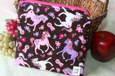 Zippered Sandwich Bag  Pink zip Ponies by PookyPacks on Etsy, $8.50 Sandwich Bags, Ponies, Diaper Bag, Lunch Box, Etsy Shop, Zipper, Pink, Stuff To Buy, Diaper Bags