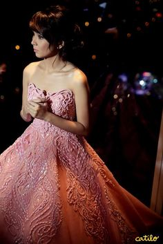 Kathryn Bernardo Gown In Her Debut Unofficial Debut Gowns, Debut Dresses, Prom Dresses, Kathryn Bernardo Debut, Debut Party, Filipino Fashion, Bride And Breakfast, Debut Ideas, Beautiful Gowns