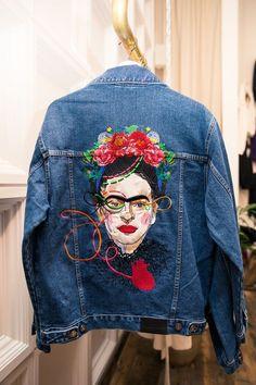 Katya Dobryakova denim jacket with Frida Kahlo. Diy Fashion, Ideias Fashion, Fashion Outfits, Womens Fashion, Fashion Design, Fashion Tips, Fashion Trends, Latest Fashion, Fashion Check