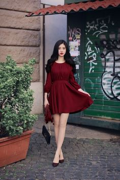 Love these casual korean fashion Cute Skirt Outfits, Classy Outfits, Dress Outfits, Casual Dresses, Short Dresses, Fashion Dresses, Asian Fashion, Korean Street Fashion, Girl Fashion
