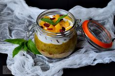 Budinca de chia cu zmeura - CAIETUL CU RETETE Smoothies, Food And Drink, Pudding, Vegetarian, Desserts, Salads, Smoothie, Tailgate Desserts, Deserts