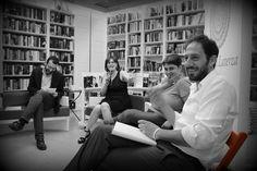 """21.6.2013 Presentazione """"A Piedi Nudi"""" di Salvatore Scalzo, nel quale l'autore racconta la sua esperienza virtuosa alle elezioni per il sindaco di Catanzaro del 2012. A Bari non c'è la stessa atmosfera che racconta Salvatore nel suo libro, ma si avverte anche qui una voglia di rinnovamento che, grazie al coinvolgimento attivo, al coraggio, alla libertà e all'umiltà, può diventare realtà. #sediarossatour http://ht.ly/qmWHX"""