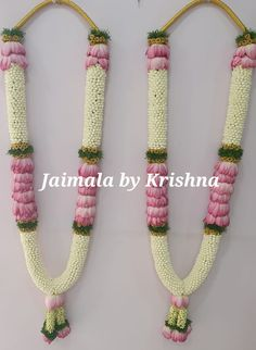 Beautiful lotus varamala pair for engagement. premium designer garlands by Fresh Flower Designer Garlands😍 Orders taken from 👈 Hyderabad : 9966377488 Chennai : 7305105056 Banglore : 9176075812 wedding garland Lotus garland wedding bridesmaids Indian Wedding Bridesmaids, Indian Wedding Flowers, Flower Garland Wedding, Yellow Wedding Flowers, Flower Garlands, Flower Decorations, Wedding Garlands, Desi Wedding Decor, Wedding Hall Decorations