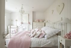 Elegant Schlafzimmer Ideen Gestaltung Shabby Chic Weiß Rosa Kinderzimmer