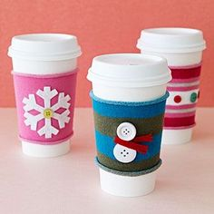 DIY Gifts : Handmade Christmas Gifts How cute! These Holiday Coffee Sleeves make terrific stocking stuffers. Handmade Gifts For Friends, Handmade Christmas Gifts, Homemade Christmas, Holiday Crafts, Christmas Presents, Holiday Fun, Family Holiday, Xmas Gifts, Holiday Mood