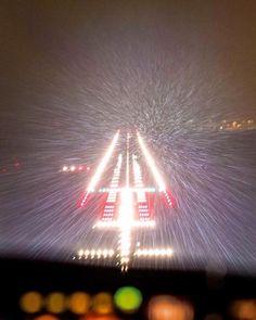 Metal airplane landing strips