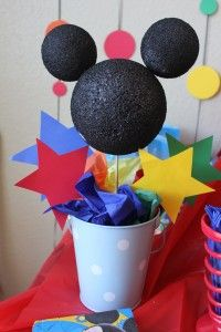 Mickey Mouse Themed Party or change color of buckett and paper add a bow minnie mouse! Mickey Minnie Mouse, Mickey Mouse Parties, Mickey Party, Mickey Head, Mickey Mouse Clubhouse Birthday Party, Mickey Mouse Birthday, 3rd Birthday Parties, Birthday Ideas, 2nd Birthday
