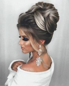A chignon traditionally involves a sleek twist with tucked in ends — the summer version is way less serious. Just twist smaller sections of hair at the back of the head and pin with bobby pins. Long Hair Wedding Styles, Wedding Hair And Makeup, Short Hair Styles, Hair Makeup, Evening Hairstyles, Bride Hairstyles, Chignon Hairstyle, Bridal Hair Updo, Bridesmaid Hair