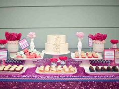 Valentines dessert table
