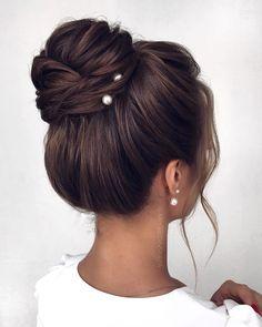 Classy Updo Hairstyles, Bride Hairstyles, Pretty Hairstyles, Bridesmaid Hair Updo, Bridal Hair Updo, Wedding Hair And Makeup, Hair Makeup, Hair Wedding, Boho Wedding