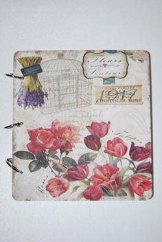 Fotóalbum virágos papír 17x17cm fehér-piros-lila SSS