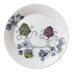 Runo plate in four variants with different decoration. Young ceramic artist Heini Riitahuhta was inspired by the Finnish seasons when she designed Runo. Arabia's tableware Runo with beautifully decorated dishes creates new athmosphere at the table. Classic Dinnerware, Modern Love, Vintage Pottery, Ceramic Artists, Fabric Painting, Scandinavian Design, Metallica, Home Deco, Finland