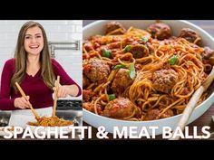 Spaghetti and Meatballs in homemade marinara sauce. Learn how to make juicy Italian Meatballs - so tender and big! The Best Homemade Spaghetti Meatballs. How To Make Spaghetti, Homemade Spaghetti, Homemade Marinara, Spaghetti Recipes, Pasta Recipes, Sauce Spaghetti, Macaroni Recipes, Seafood Marinara Recipe, Sauce Marinara