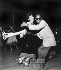 Savoy Ballroom in Harlem , New York , 1947 . Man and woman dancing ...
