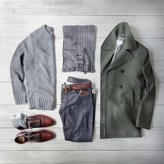 Outfit grid - Green pea coat
