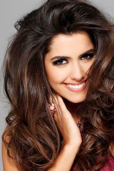 \\ Hair Goals // \\ Miss Universe Paulina Vega //