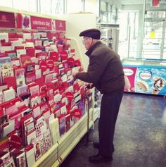 And know a thoughtful gesture goes a long way. | 28 Couples Who Should Be Your Real Relationship Goals
