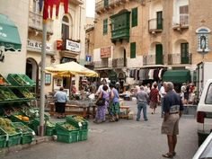 Gozo - Victoria Market l Malta Direct will help you plan an unforgettable trip Beautiful Islands, Beautiful World, Travel Around The World, Around The Worlds, Malta History, Malta Gozo, Tourism Marketing, Malta Island, Paisajes